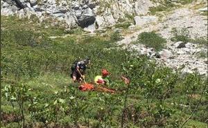 Rescatan a una senderista ovetense tras sufrir una fractura en Picos de Europa
