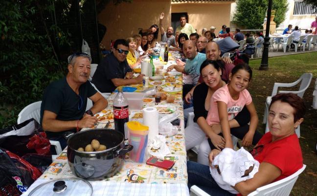 Gran comida en Candás por San Roque