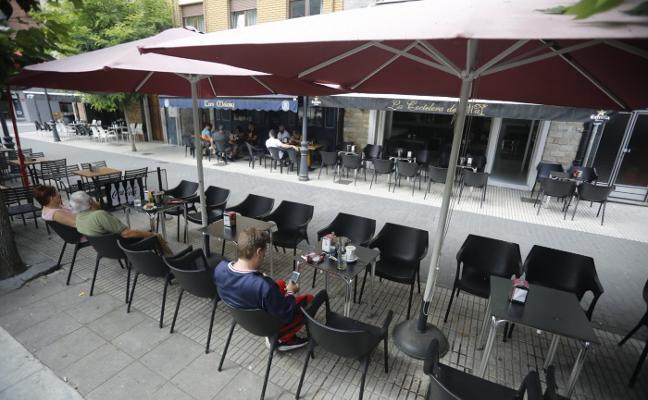 Los horarios de las terrazas en El Entrego, a rajatabla