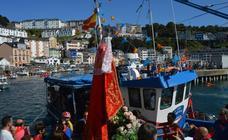 Orgullo marinero y devoción en el saleo de Luarca