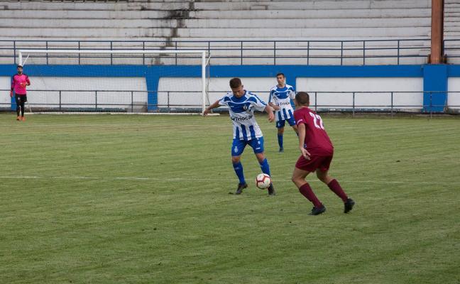 Un Avilés de circunstancias cae por penaltis en el Memorial Hugo Suárez