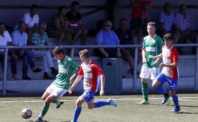 El Sporting gana el triangular Carling goal