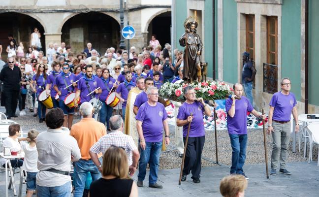 La procesión de San Roque reúne a numerosos fieles