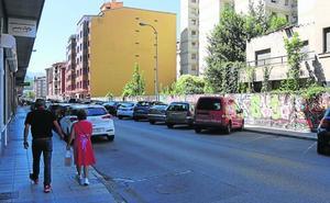 Mieres ultima la adecuación de dos nuevas zonas de aparcamiento con 85 plazas