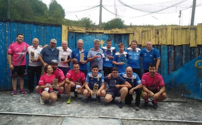 La peña El Tronco gana el XXVIII Trofeo de Bolo Batiente de Carreño