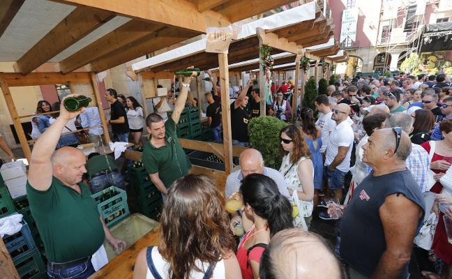La sidra toma el relevo de las fiestas de Gijón