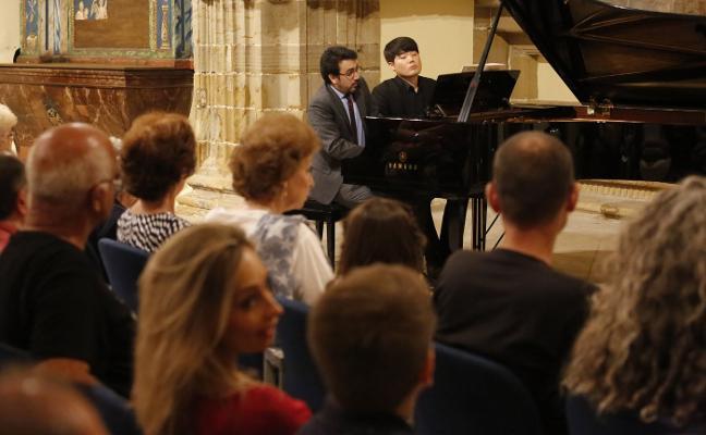 El piano sonó gracias a los jóvenes