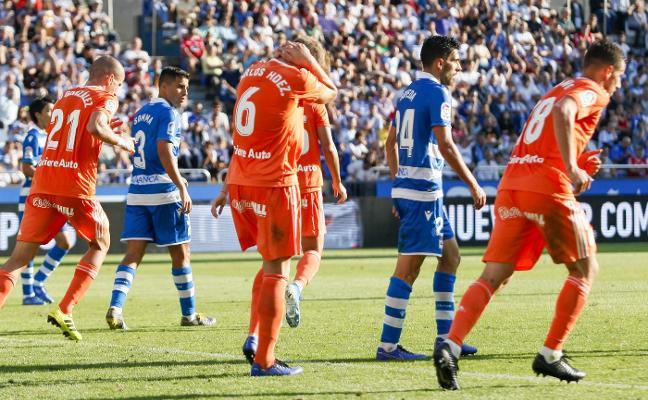 Los contratiempos retrasan al Real Oviedo