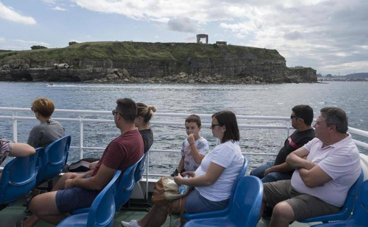 Un paseo por la bahía de Gijón