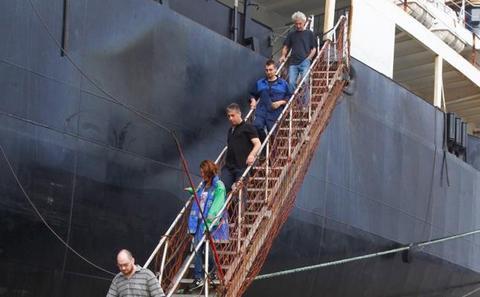 La tripulación del 'Severnaya Zemlya' lleva tres meses sin cobrar su sueldo