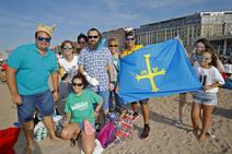 ¿Estuviste en el récord mundial de escanciado de sidra de Gijón? Búscate (1)