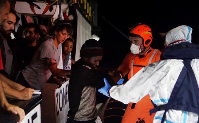 El Principado se ofrece al Gobierno central para acoger a migrantes del 'Open Arms'
