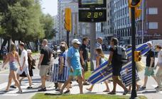 Los termómetros se elevan por encima de los 35 en Asturias