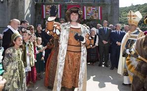 «Carlos V llegó con 17 años y yo tengo 43. Se aceptan voluntarios para Rey»