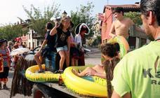 Desfile de carrozas en Rioseco