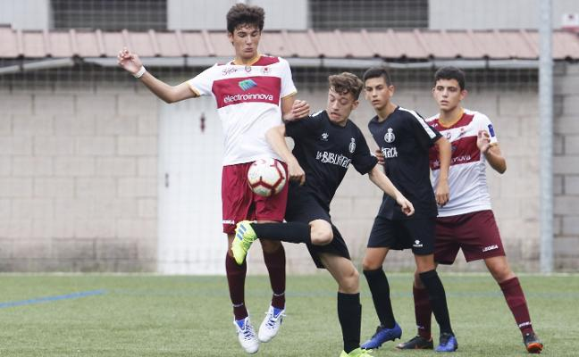 El Industrial-Sporting, final del torneo de verano del club fabril