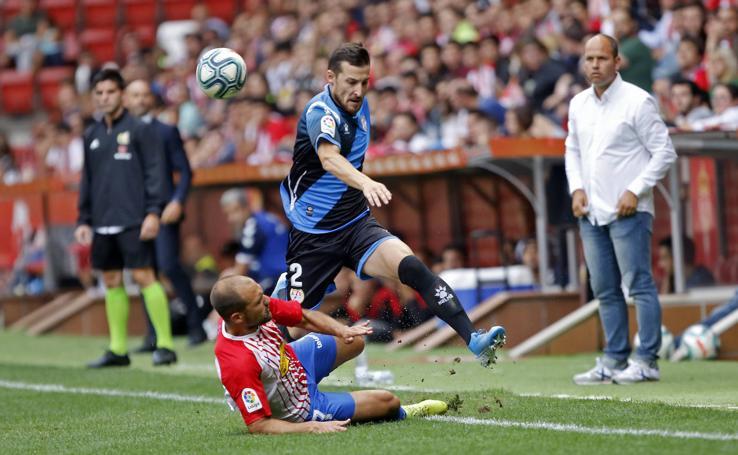 El Sporting empata ante el Rayo Vallecano en su estreno en casa esta temporada (1-1)