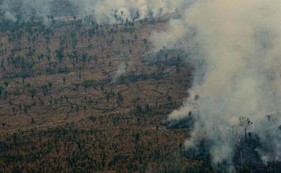 El presidente de Brasil agradece el apoyo para «superar la crisis» en la Amazonia