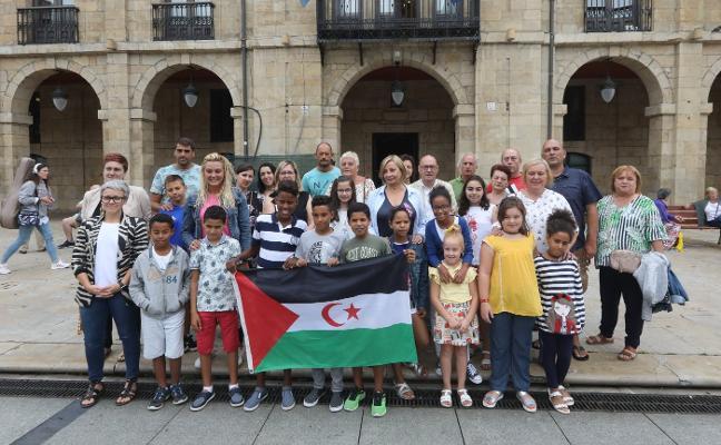 «Es un orgullo que haya personas en Avilés que acojan a los niños saharauis»