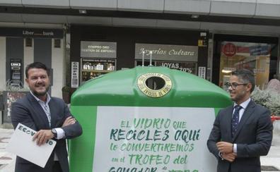 Ecovidrio promueve el reciclaje en Oviedo con la Vuelta Ciclista a España