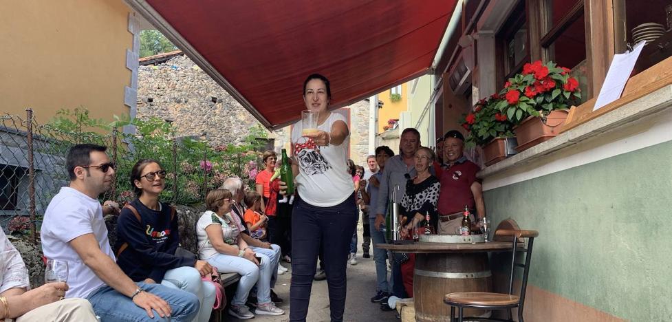 Asiegu, en Cabrales, Pueblo Ejemplar de Asturias 2019 | «Estamos en una nube»