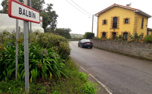 Los vecinos de Balbín se oponen a la instalación del punto limpio de Cogersa