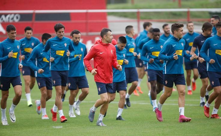 El Sporting continúa preparando el partido ante el Huesca