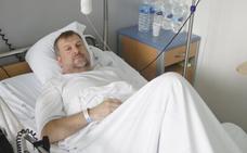 Se declara en huelga de hambre hasta que lo operen