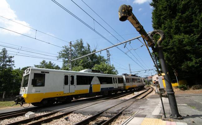 Los nuevos trenes licitados para las líneas de Feve no estarán operativos hasta 2022