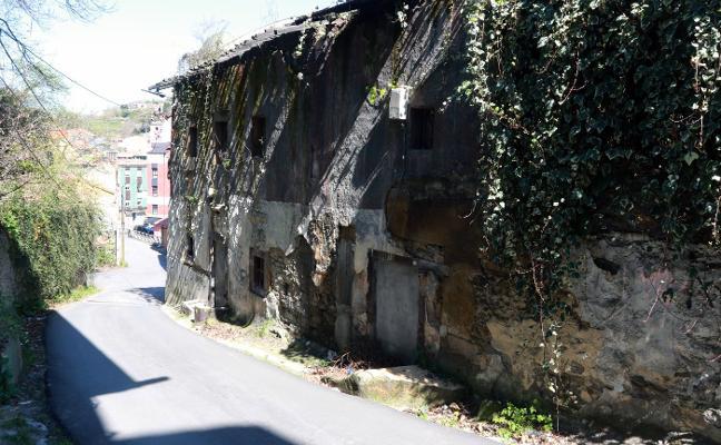Adiós a la Casa de los Notarios, historia de Langreo