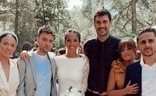 Primeras imágenes de la boda de Melendi y Julia Nakamatsu