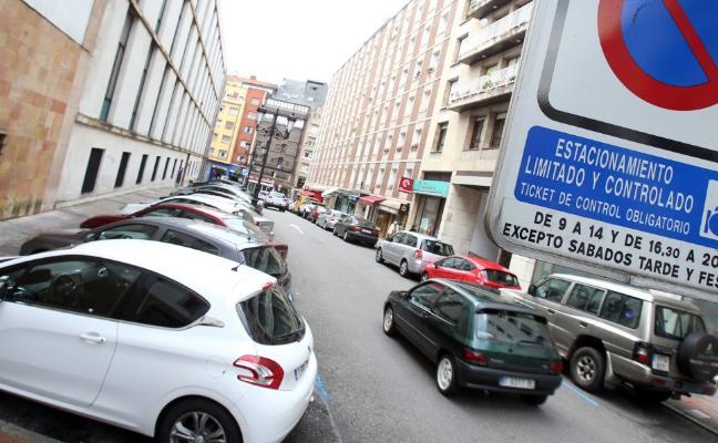 El Ayuntamiento de Oviedo reformará la zona azul el año que viene para mejorar la movilidad