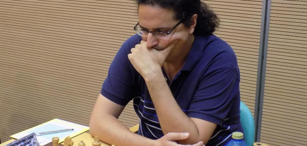 El maestro gallego Dan Cruz gana en Candás
