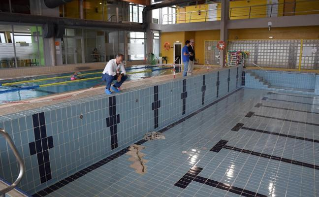 El vaso principal de la piscina de Lugones seguirá cerrado al público
