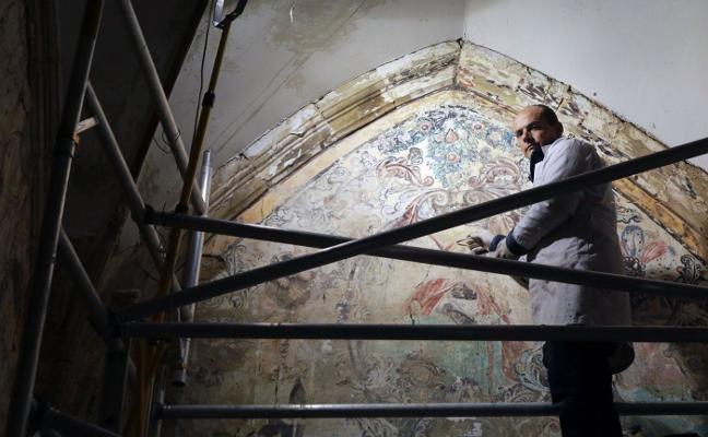 Una nueva restauración para las pinturas de Bendueños