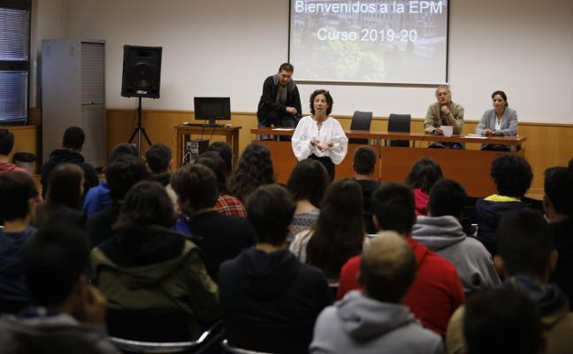 Recibimiento a 150 alumnos en Mieres