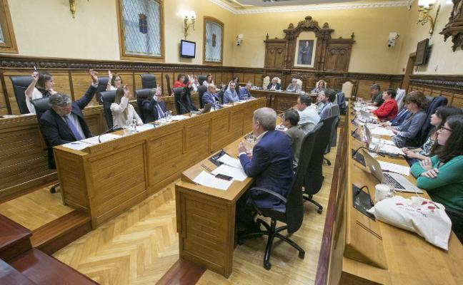 El Ayuntamiento invertirá en los próximos años 1,6 millones en mejoras para Isabel la Católica
