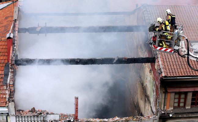 El Consistorio rechaza indemnizar a los afectados por el incendio de Uría