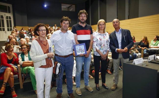 El Ayuntamiento de Gijón destinará 100.000 euros al mantenimiento de esculturas