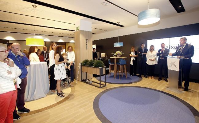 CaixaBank presenta su nuevo modelo de oficina 'Store Gijón'