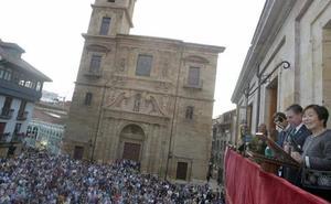 San Mateo en Oviedo | Yayoy Kawamura defiende unas fiestas de San Mateo en las que «no caben las manadas»