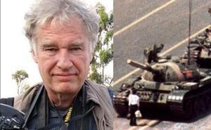 Muere Charlie Cole, el fotógrafo de 'El hombre del tanque' en Tiananmen