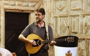 Muere el músico Elías García, emblema del folk asturiano