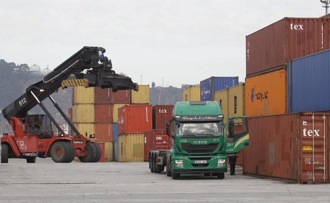 Un centenar de empresas asturianas, en vilo por el desenlace del 'Brexit'