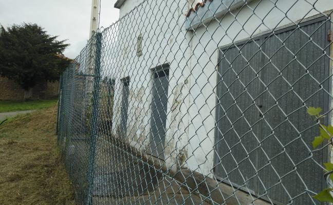 El Ayuntamiento de Corvera interviene en los depósitos y reitera que «la calidad es óptima»