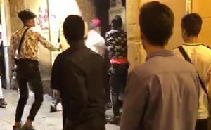El joven de 17 años apuñaló al portero de Oviedo por negarle la entrada al bar