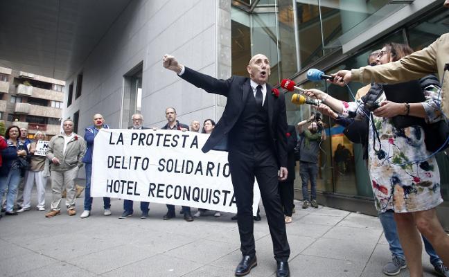 La Fiscalía retira la acusación de los 'Once Solidarios del Reconquista' en Oviedo