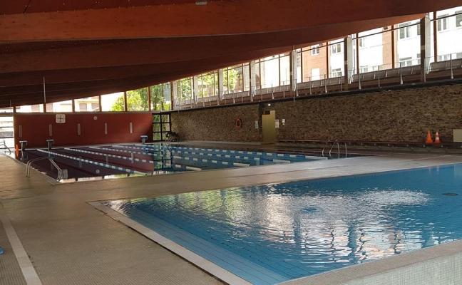 La piscina canguesa reabre al público tras los daños de la segunda explosión pirotécnica