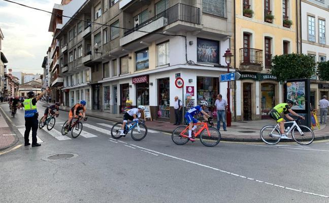 La carrera ciclista del Portal convierte el casco urbano en un gran circuito