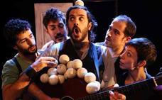 La Trócola Circ despliega en Gijón su espectáculo de música, malabares, acrobacias y humorístico